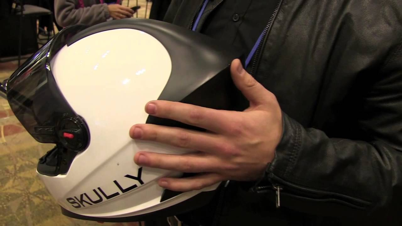 Demo Fall 2013 Skully Helmets Shows Heads Up Display For