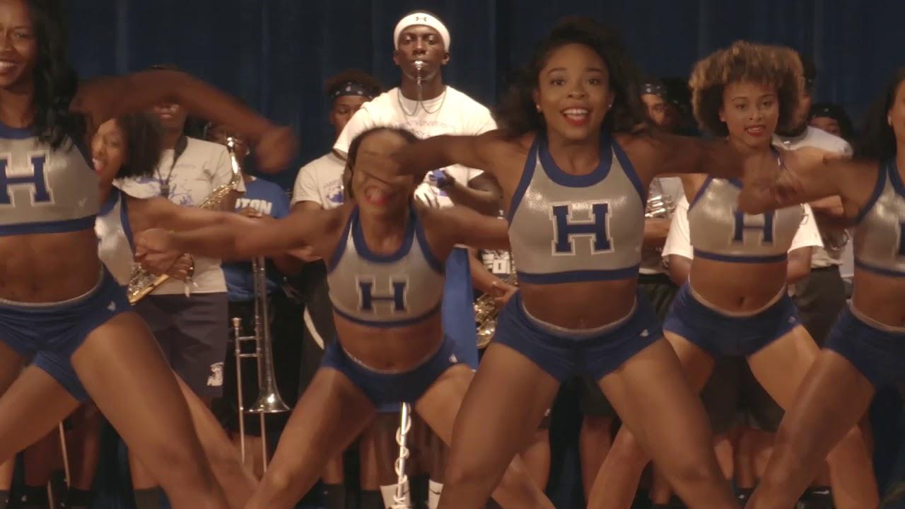 Hamptonu Cheerleaders