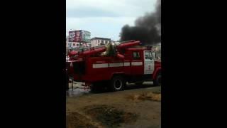Сгорела машина в Екатеринбурге на парковке ул. ТАТИЩЕВА
