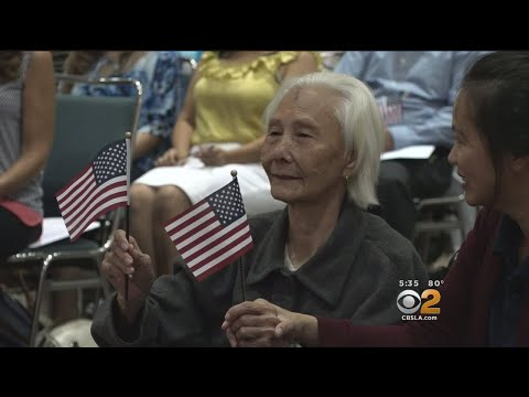 103-Year-Old Woman Becomes U.S. Citizen