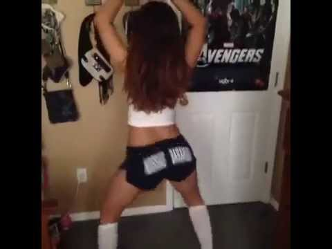 Girl on girl twerking porn