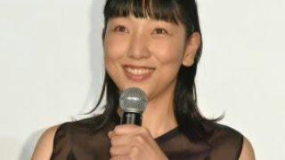 女優の安藤サクラが20日、自身のインスタグラムに、実母の安藤和津と俳...