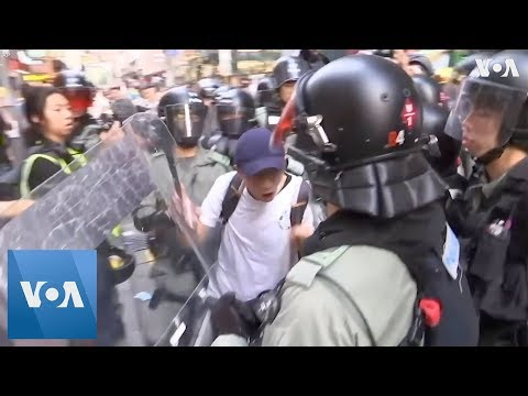 Protesters Shift Tactics to Avoid Arrest in Hong Kong