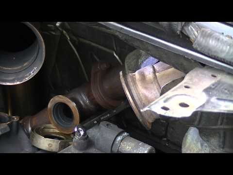 HowTo: Removing EGR Up Pipe from 2005 Ford F250 6.0L Powerstroke Diesel