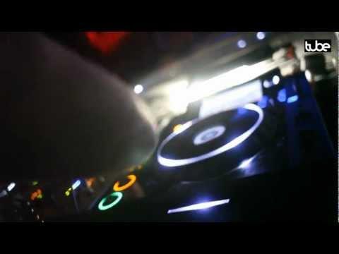 Wise D & Kobe - Groove Me Baby (Original Mix) / Disko Zoo Rec