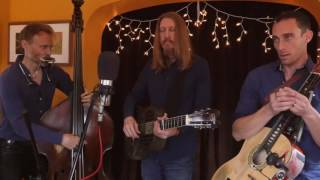 The Wood Brothers-  Keep Me Around live on Sessions From The Box