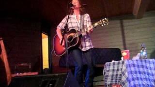 Kathleen Edwards - I make the dough, you get the glory - Woody Point Newfoundland