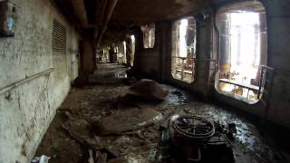 6 hours inside the wreck. Exploring the Costa Concordia. Urbex August 2014