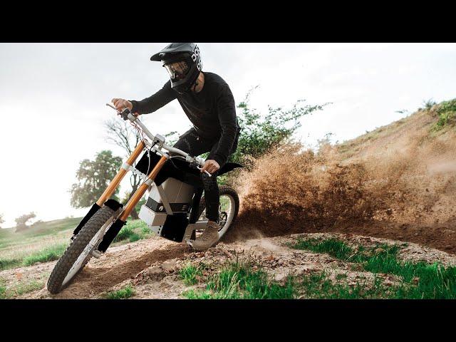 Cake Ink Review-Probabil cea mai tare motocicleta electrica!