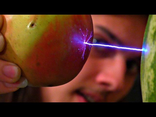 Перемещаем предметы электричеством, ЛЕВИТАЦИЯ ⚡⚡⚡ Эксперименты с очень высоким напряжением