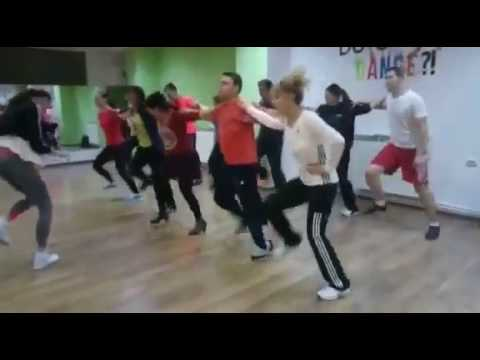 Dansuri De Petrecere Sirba Pe Loc Total Dance Center Youtube