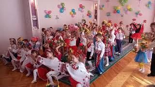 Красивый танец. Дети танцуют. Украина це ми!