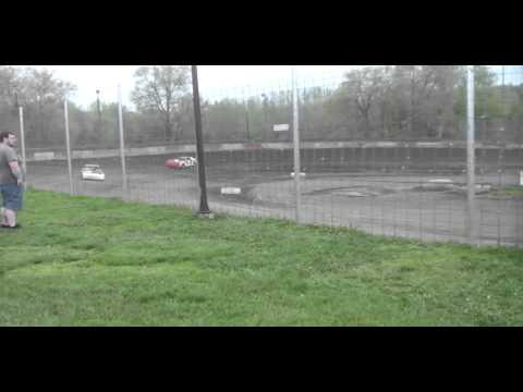 5.2.15---Peoria Speedway---Street Stock Heat race