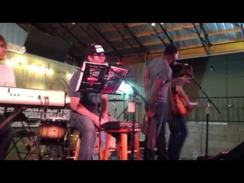 Proud Mary - The Raging Idiots feat. 5000 Wats
