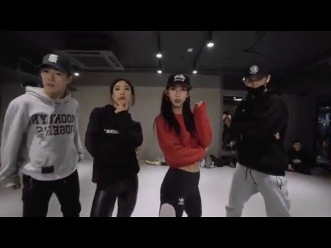 [MIRRORED]Twerk it like Miley - Brandon Beal (Dawin Remix) / Mina Myoung Choreography