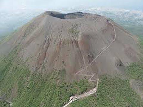 VESUVIO, il vulcano vesuvio napoli