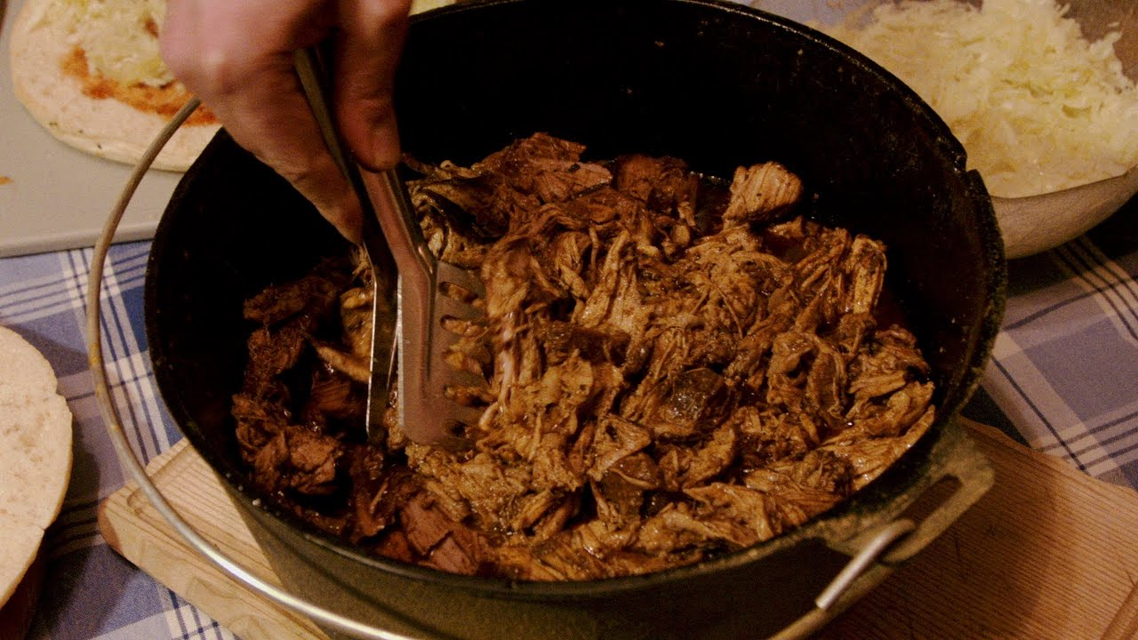 Pulled Pork Gasgrill Temperatur : Pulled pork aus dem dutch oven bbq grill rezept video die