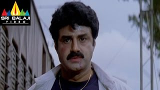 Narasimha Naidu Movie Balakrishna Train Scene - Balakrishna, Simran