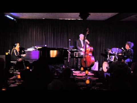 Sunnie Paxson Trio - Moanin'