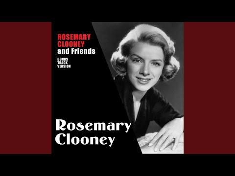 Клип Bing Crosby - Love Won't Let You Get Away