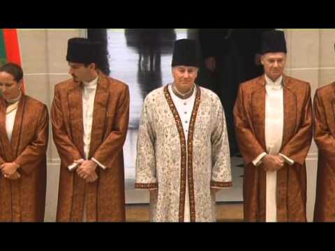Karim Aga Khan 4 : The Imam with the Golden Heart