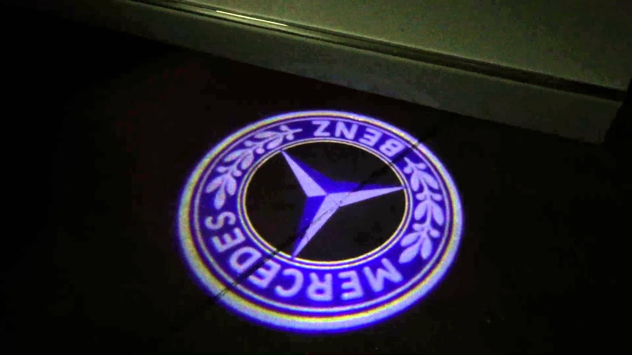 Mercedes benz classic blue 3d led logo doorstep lights for Mercedes benz symbol light