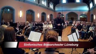 Das Sinfonische Blasorchester Lüneburg beim Herbstkonzert 2016 unte...