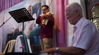 Kalyan Playing the Gujarati Arti on Violin on Meher Baba's Birthday 2017