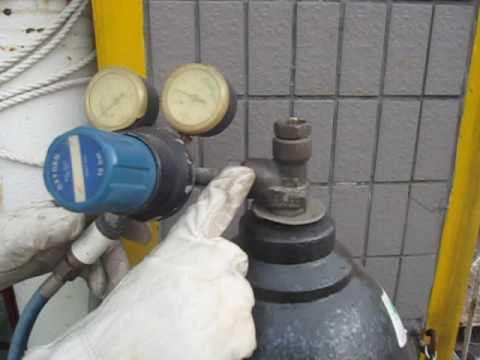 風煤錶的安裝和漏氣檢查 - YouTube