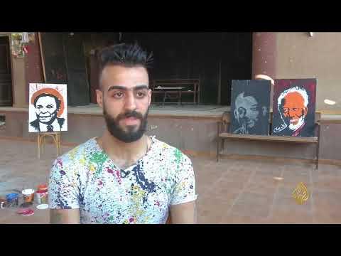 هذا الصباح-شاب مصري يبدع لوحات فنية بالمقلوب  - 10:21-2018 / 7 / 13
