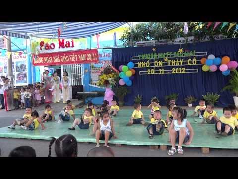 """""""Đàn gà trong sân""""Mầm 1 trường MNTT Sao Mai biểu diễn mừng ngày nhà giáo VN"""