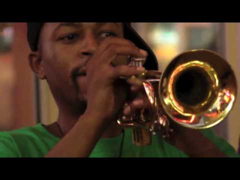 Planet Gibbous - The Hypnotic Brass Ensemble