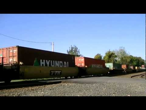 Railfanning Westfield, MA 10/8/11: 6 Engine Lashup