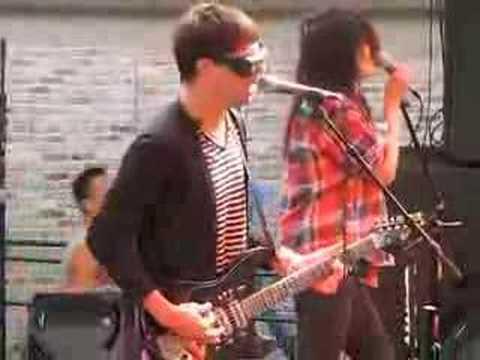 The Kills play the Fader Magazine party Austin SXSW