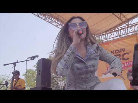Soreang Bandung Digoyang, Gina & Ghea Youbi Live Perform Jalan Sehat Radio Cakra