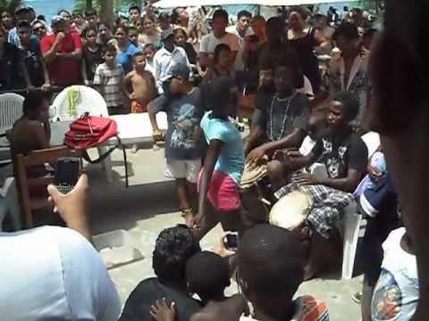 Dancing the streets of Honduras