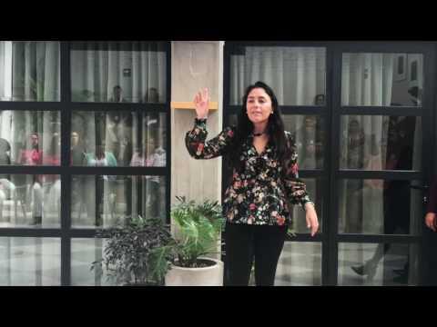 17 Tips de Lenguaje Corporal para los Negociosиз YouTube · Длительность: 3 мин5 с