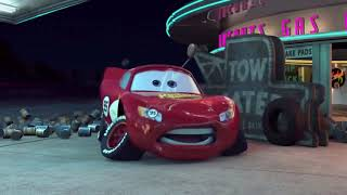 McQueen gets scared by a green thunder