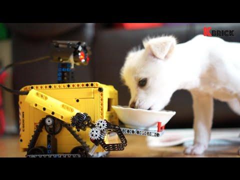 WALL-E 5.1 Transform. Play. Awesome.