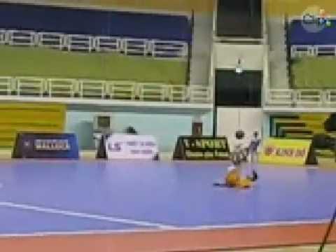Dao Duc Ronaldinho Live Perfomance