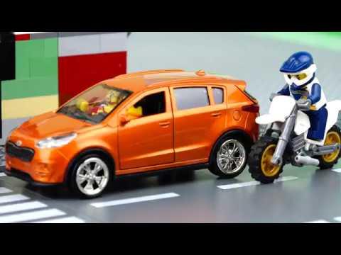 Police vs Moto Video for Kids. The Police Chase.
