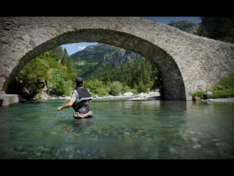 FLY FISHING GUIDES IN THE PYRENEES, SPAIN