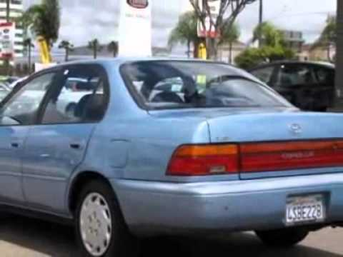 1993 Toyota Corolla 4dr Sedan Le 4-spd Auto Sedan
