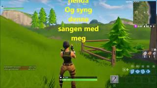 Download Video Klovner i kamp - Langt å gå (lyrics) | Fortnite Music Video MP3 3GP MP4