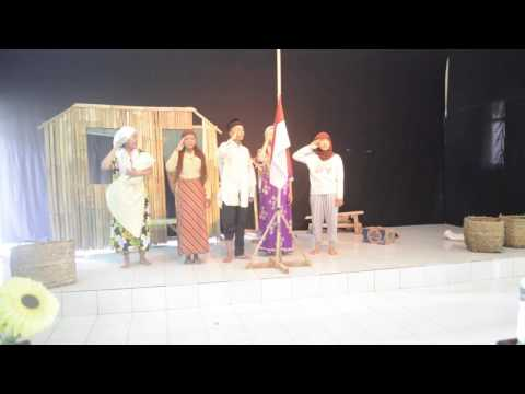 Teater Tunas - Bendera Setengah Tiang