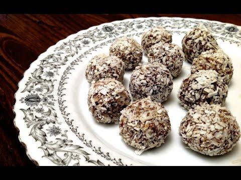 boules-d'énergie-aux-dattes-et-à-la-noix-de-coco-/-recette-de-dessert,-végétalien