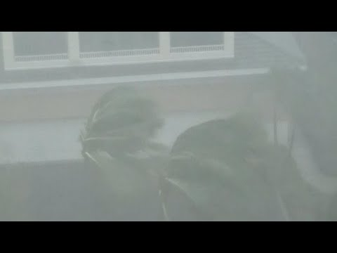 Hurricane Irma's eye passes over Naples, Florida