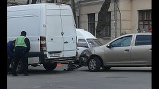 Рено vs Мерседес. ДТП. 14.03.2016. Вечный огонь.
