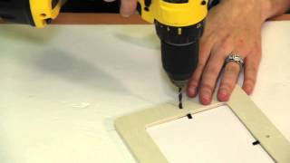 How To Make A Picture Frame Stand Using A Wood Dowel : Picture Frame Crafts