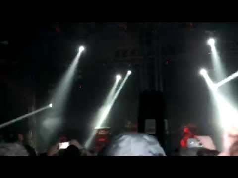 ANDREW W.K- Party Hard- Download Festival 2015